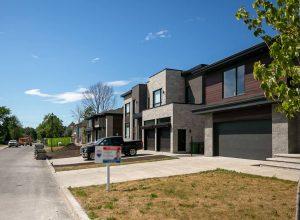 Source: Association professionnelles des courtiers immobiliers du Québec (APCIQ)