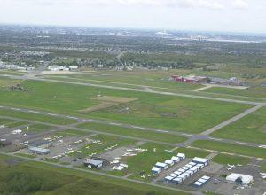 Aéroport Saint-Hubert vue aérienne