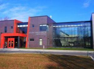 Le Collège Charles-Lemoyne se démarque au Gala d'excellence du RSEQ