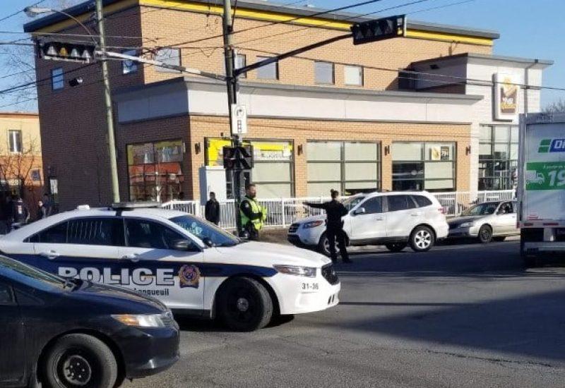 Un accident impliquant une motocyclette et une voiture s'est produit mercredi après-midi à Longueuil.