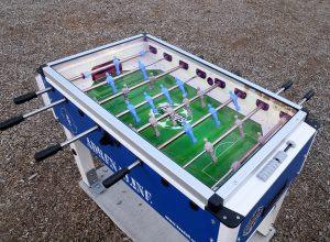 Saint-Bruno-de-Montarville : soccer sur table au parc Rabastalière