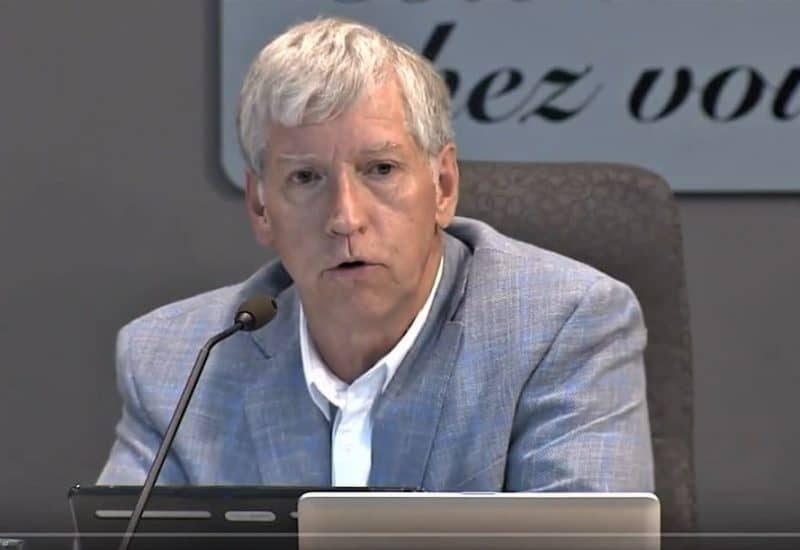 Le maire Martin Murray passe le flambeau