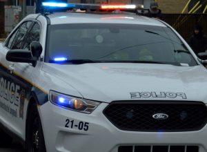 Les enquêteurs du Service de police de l'agglomération de Longueuil tentent de déterminer les circonstances du meurtre d'un homme de 25 ans, samedi soir.