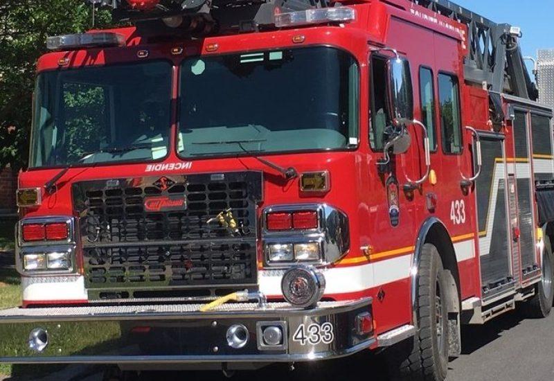 Les flammes ont causé des dommages mineurs à un commerce d'import – export situé dans l'arrondissement Saint-Hubert à Longueuil.