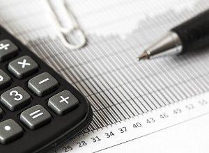 Boucherville prévoit terminer l'année avec des surplus
