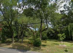 Source: Google Street view Rue Riverside, Saint-Lambert
