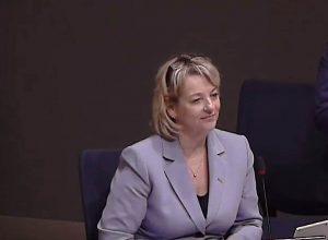 La mairesse de Longueuil dépose une plainte à la CMQ