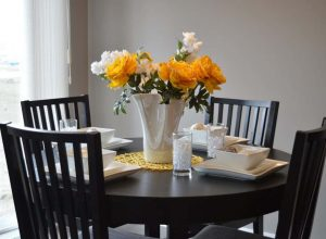 dining-table-1348717_1280-e1486598168454