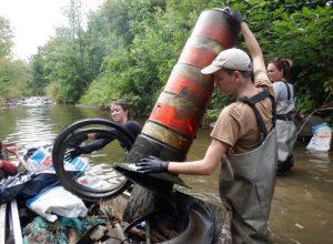 Plus de 50 tonnes d'ordures retirées des cours d'eau de la Rive-Sud