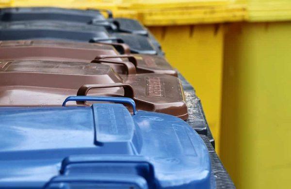 Les ordures s'accumulent à Brossard