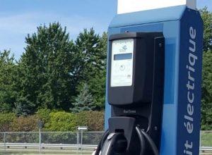 Un résident veut rendre obligatoires les bornes de recharge électrique
