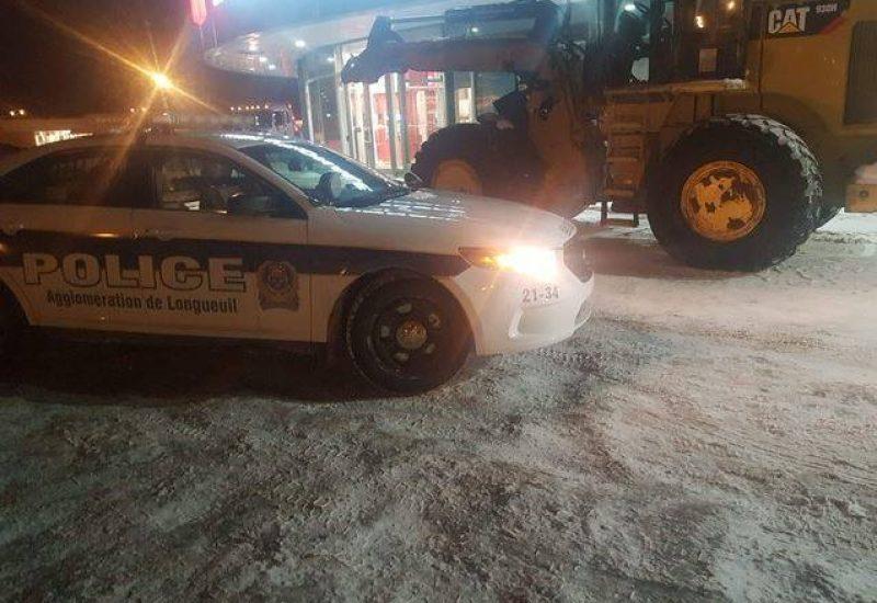 Des suspects ont voulu voler le contenu d'un camion blindé à Brossard