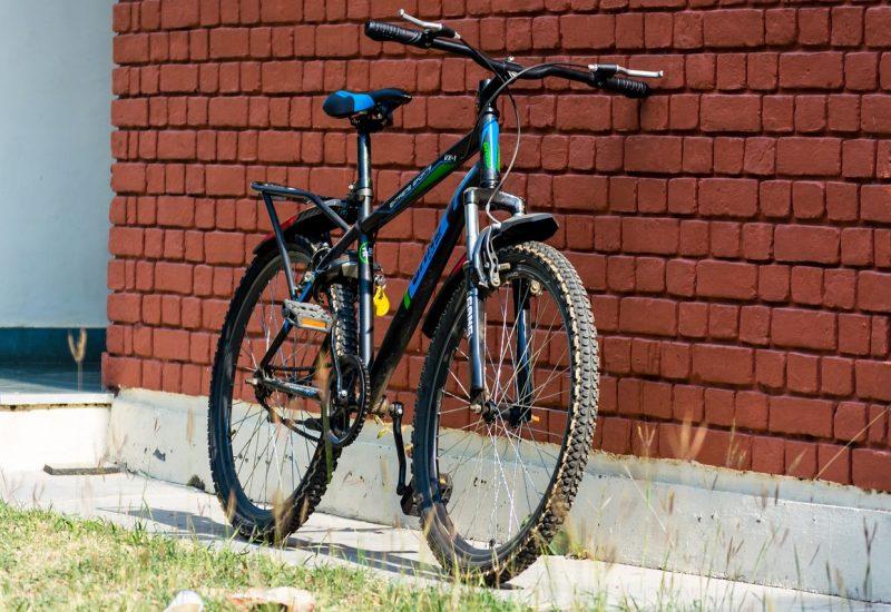 Un individu qui aimait trop les vélos est arrêté