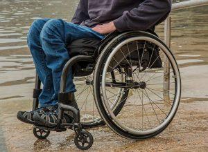 wheelchair-1595794_1920