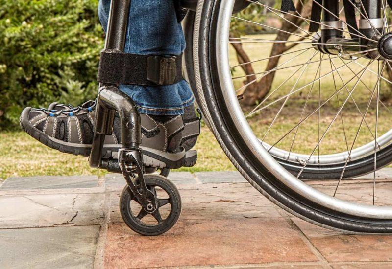 wheelchair-1595802_1920